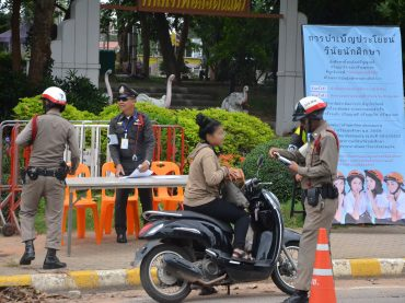 KKU raises students' awareness of traffic rules and manners reflecting national discipline